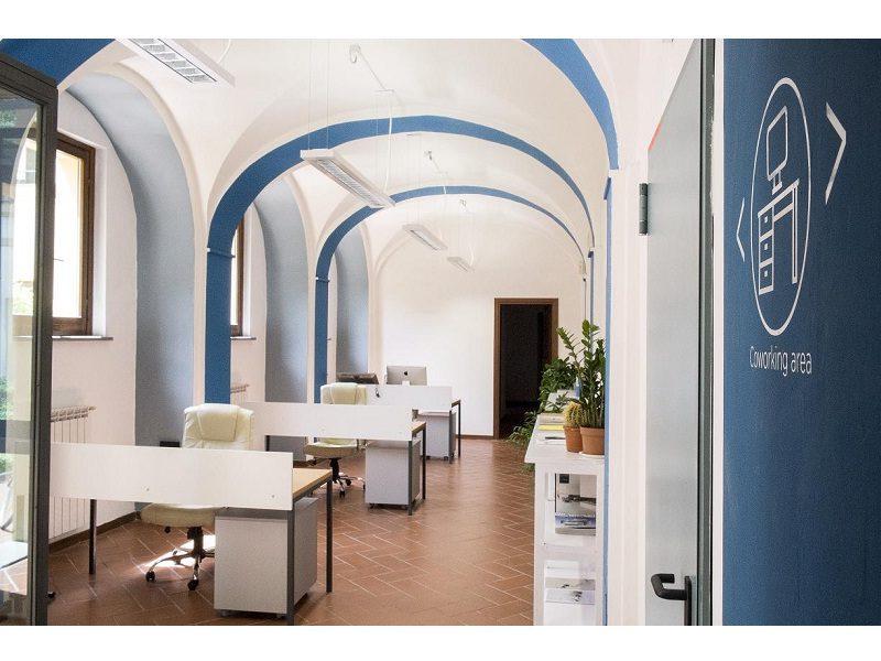 Illuminazione Ufficio Open Space : Illuminazione. 3f filippi: illuminare su misura gli ambienti di