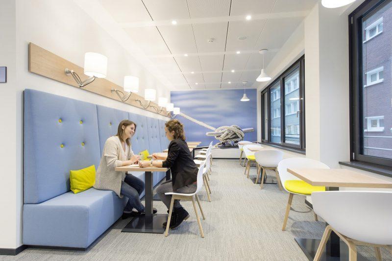 Signify supporta la progettazione di spazi di lavoro in ottica di salute e benessere