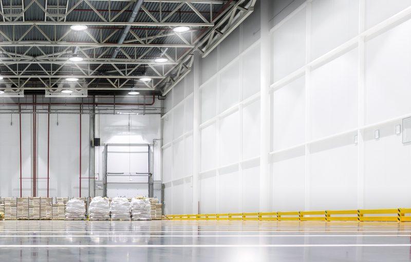 Signify amplia la linea HighBay con tre nuovi apparecchi LED