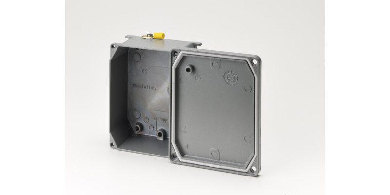 Scatole di derivazione Cosmec di DKC: impianti elettrici protetti e sicuri