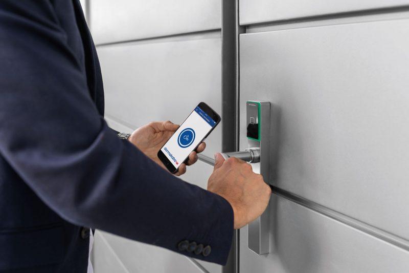dormakaba evolo smart 2.0, con accesso tramite smartphone