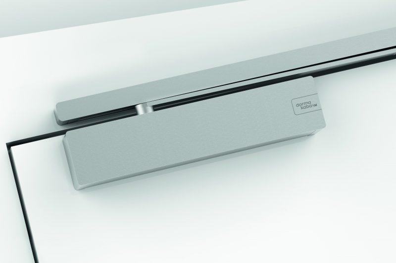 Intelligente e di design: il nuovo chiudiporta dormakaba TS 98 XEA