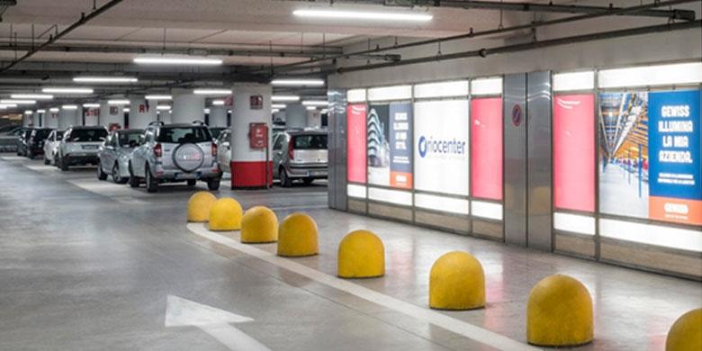 Oriocenter: La tecnologia GEWISS illumina il parcheggio