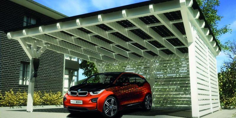 Dal fotovoltaico all'auto elettrica: una soluzione sempre più connessa