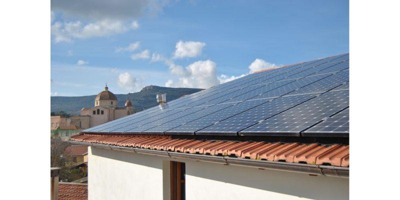 Più comfort e risparmio energetico con il binomio sole e aria condizionata